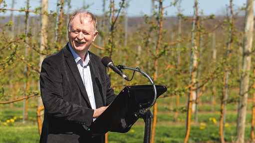 Apple Orchard Renewal Promoted by New Program