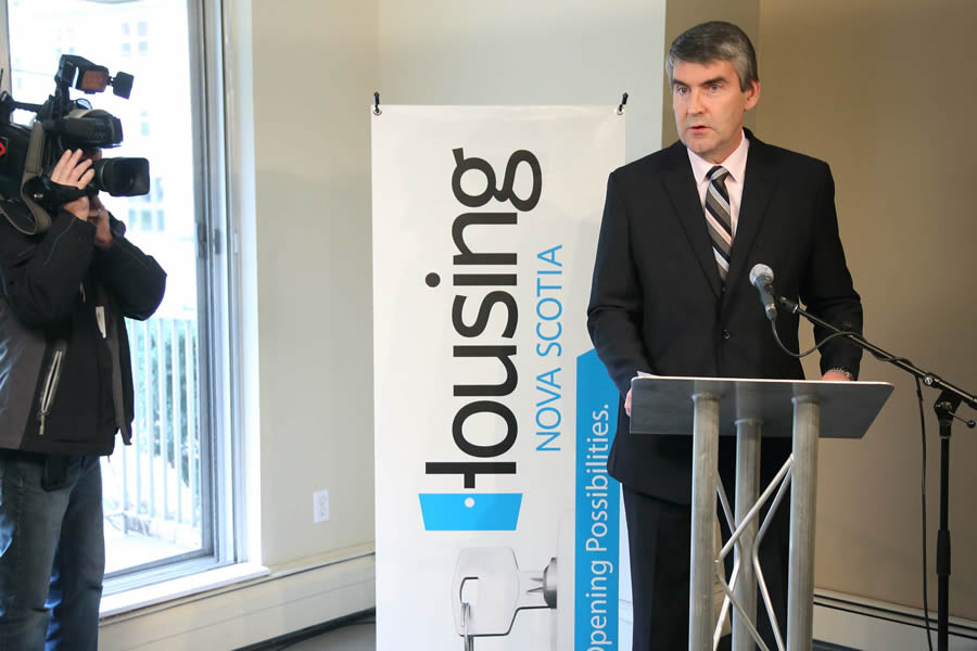 Premier Stephen McNeil announces the investment in Dartmouth.