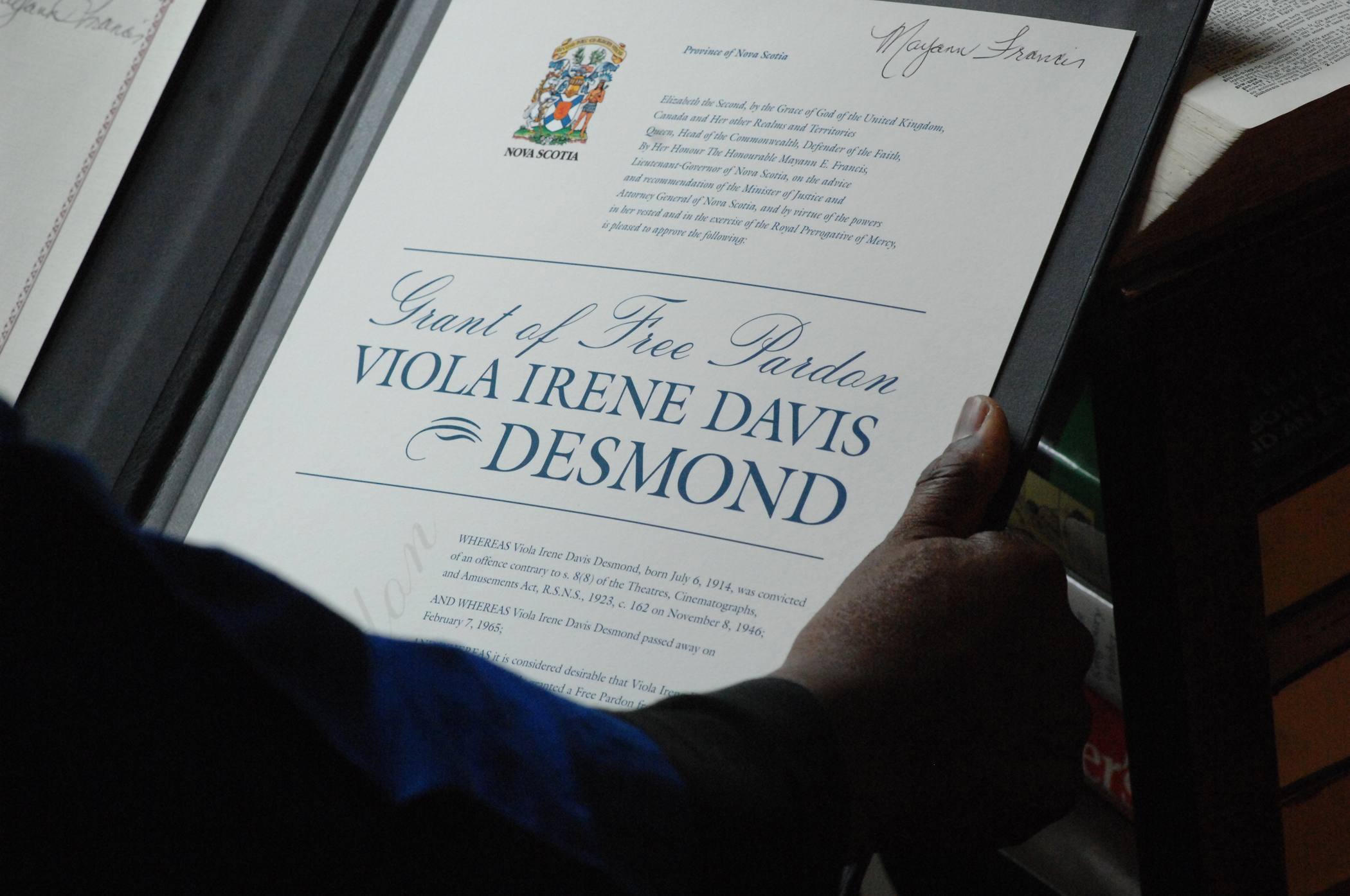Late viola desmond granted apology free pardon novascotia a ceremonial certificate to mark the free pardon given viola desmond with the signature of lt gov mayann francis aiddatafo Gallery